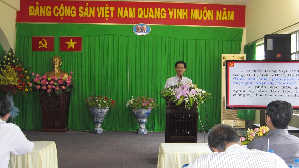 Hội nghị học tập và và làm theo tấm gương đạo đức Hồ Chí Minh