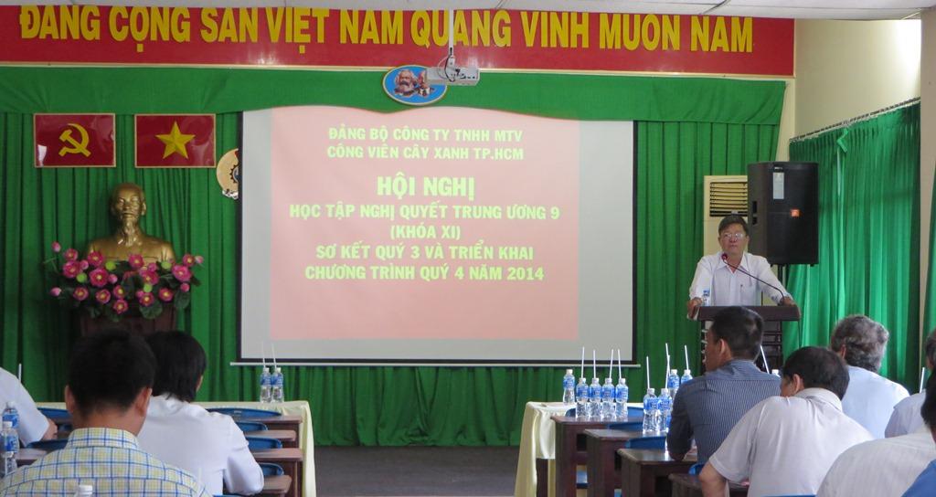 Đảng bộ Công ty TNHH MTV Công viên Cây xanh TP.HCM tổ chức học tập Nghị quyết Trung ương 9 (khóa XI)