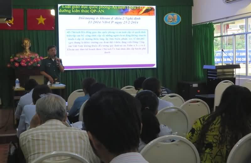 Khai giảng lớp bồi dưỡng kiến thức quốc phòng và an ninh