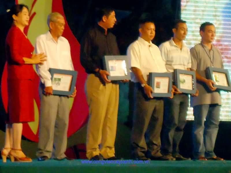 Lễ bế mạc Hội Hoa Xuân Nhâm Thìn 2012