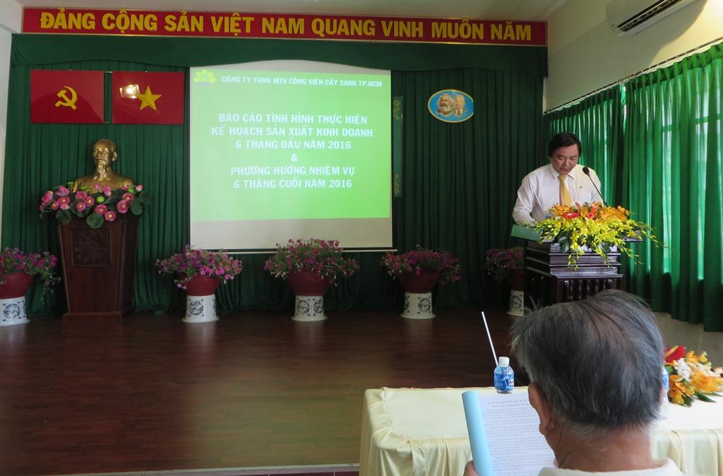Ông Lê Công Phương, Giám đốc Công ty phát biểu tại Hội nghị